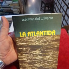 Libros de segunda mano: LIBRO ENIGMAS DEL UNIVERSO LA ATLÁNTIDA DAIMON. Lote 119217062