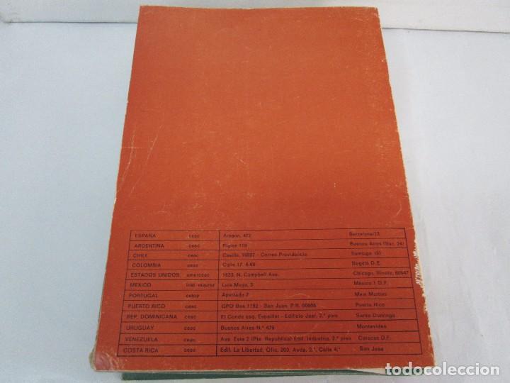 Libros de segunda mano: DIBUJO DE HISTORIETAS 3L. DIBUJO DE CARICATURAS 5 LIBROS Nº 6 REPETIDO. DIBUJO DE CHISTES 10 LIBROS. - Foto 41 - 119224415