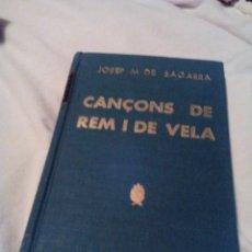 Libros de segunda mano: C01__LIBRO PEQUEÑO CATALAN, CANÇONS DE REM I VELA,MIDE 11X18X1CM---177PAGINAS,TIENE UN ESCRITO. Lote 121373255