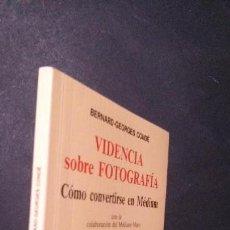 Libros de segunda mano: VIDENCIA SOBRE FOTOGRAFÍA-CÓMO CONVERTIRSE EN MÉDIUM-BERNARDD GEORGES CONDÉ-1991. Lote 121521011