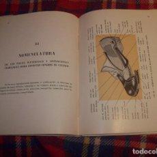 Libros de segunda mano: ATLAS DE ZAPATERÍA.TOMO I. M. FERRAGUT.1946.IMPRESIONANTE EJEMPLAR.UNA JOYA!!!.VER FOTOS.. Lote 121823871