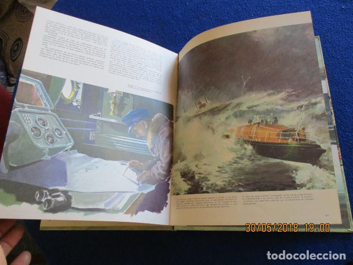 Libros de segunda mano: BARCOS DE HOY Plaza&Janés 1967 Texto Jean Riverain - Foto 11 - 123063075