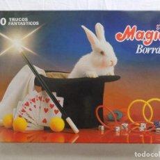 Libros de segunda mano: LIBRERIA GHOTICA. JUEGO DE MAGIA. MAGIA BORRAS. 60 TRUCOS FANTASTICOS. 1980. INSTRUCCIONES.COMPLETO. Lote 124207975