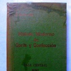 Libros de segunda mano: MÉTODO MODERNO DE CORTE Y CONFECCIÓN. Mª JESÚS ADRADA DE TAPIAS. CASA CENTRAL DE CORTE Y CONFECCIÓN . Lote 126311323