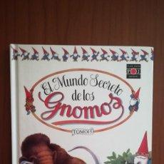 Libros de segunda mano: EL MUNDO SECRETO DE LOS GNOMOS - TOMO 15 - CON ILUSTRACIONES EN COLOR. Lote 127590843