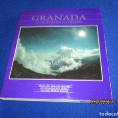 Libros de segunda mano: GRANADA LA CIUDAD EN EL TIEMPO ED. COMARES 1989. Lote 129992675