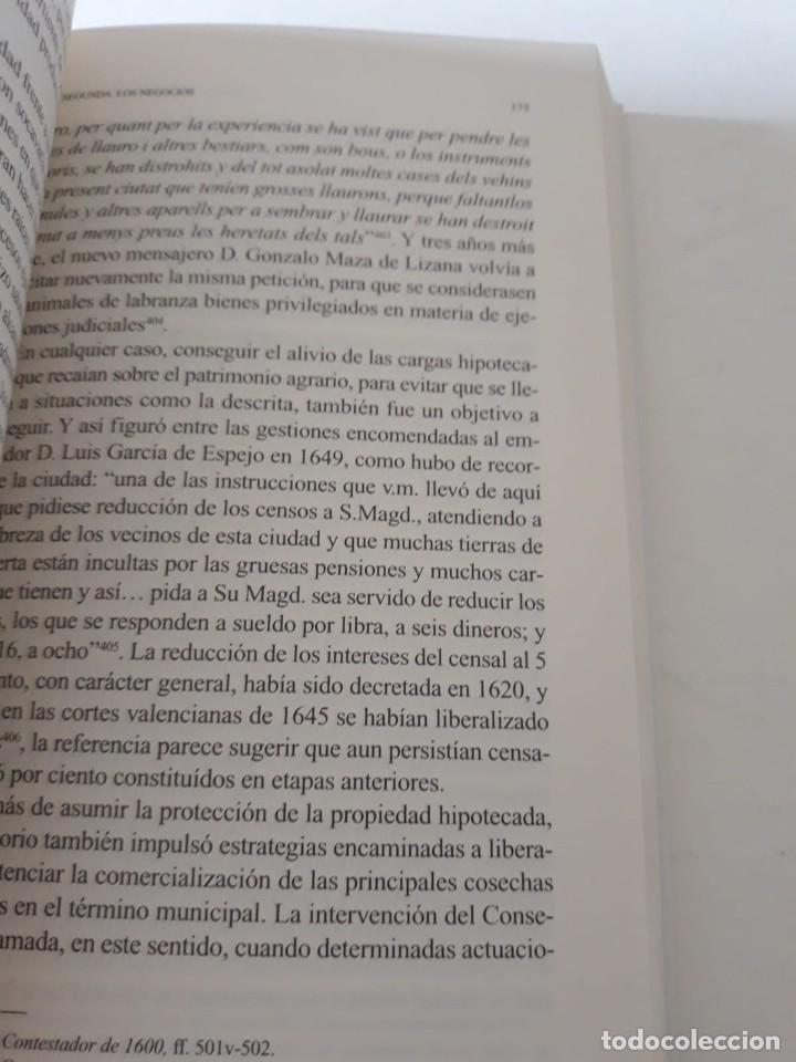 Libros de segunda mano: EL MUNICIPIO EN LA CORTE DE LOS AUSTRIAS. Síndicos y embajadas en Orihuela BERNABÉ GIL, David - Foto 11 - 165313350