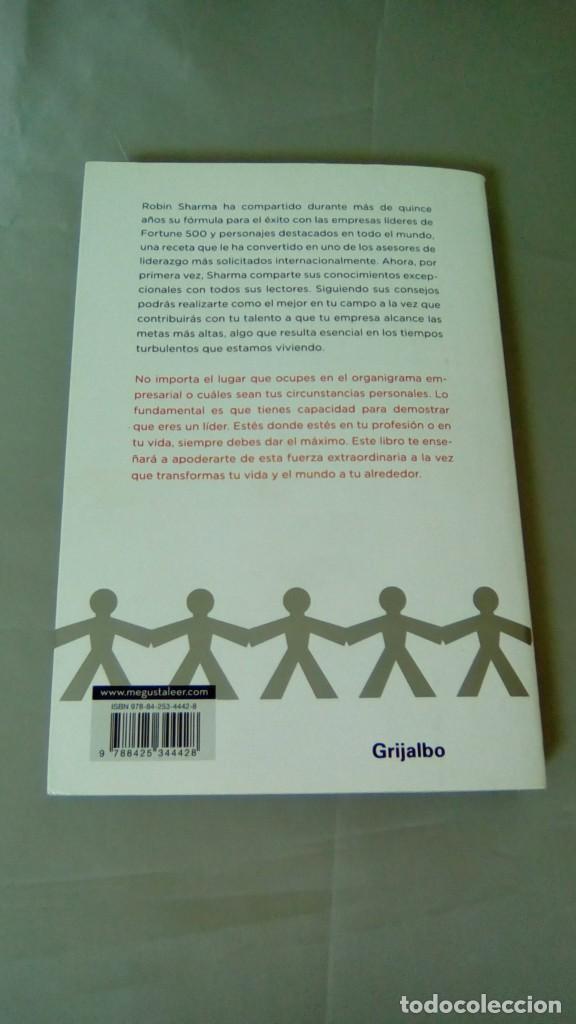 Libros de segunda mano: EL LIDER QUE NO TENIA CARGO.- ROBIN SHARMA - Foto 2 - 131796918