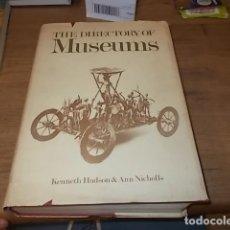Libros de segunda mano: EL DIRECTORIO DE MUSEOS - THE DIRECTORY OF MUSEUMS. KENNETH HUDSON. THE MACMILLAN PRESS . 1975. . Lote 131911726