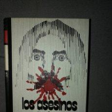 Libros de segunda mano: LOS ASESINOS. Lote 132447881