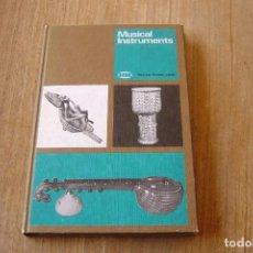 Libros de segunda mano: MUSICAL INSTRUMENTS. HORNIMAN MUSEUM LONDON. 1977. EN INGLÉS.. Lote 133193738