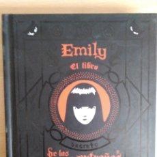 Second hand books - EMILY THE STRANGE El Libro de las cosas Extrañas. Rob Reger, Buzz Parker (il.). - 133700839