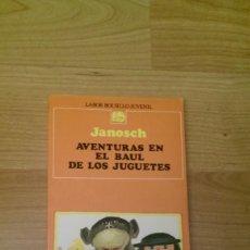 Libros de segunda mano: AVENTURAS EN EL BAÚL DE LOS JUGUETES. JANOSCH. COLECCIÓN BOLSILLO JUVENIL. EDITORIAL LABOR. Lote 135120022