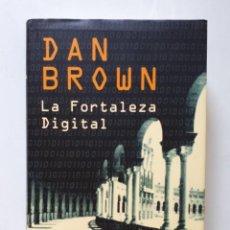 Libros de segunda mano: DAN BROWN / LA FORTALEZA DIGITAL / CIRCULO DE LECTORES 2006. Lote 135695403