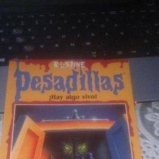 Libros de segunda mano: LIBRO JUVENIL DE RL STINE - PESADILLAS NÚMERO 22 - HAY ALGO VIVO - EDICIONES B. Lote 136558194