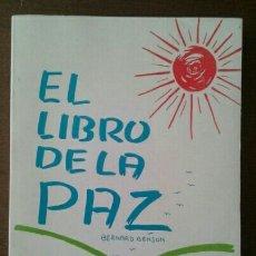 Livros em segunda mão: EL LIBRO DE LA PAZ. Lote 136733202