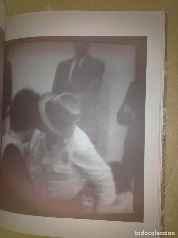 Libros de segunda mano: Punt de confluència (Joseph Beuys, Düsseldorf 1962 - 1987) Fundació La Caixa - Foto 7 - 139126398