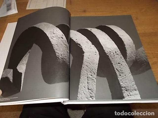 Libros de segunda mano: ANTONI FERRAGUT.RETROSPECTIVA.CASAL SOLLERIC.2009.IMPRESIONANTE EJEMPLA.VER FOTOS. HIERRO, BRONCE... - Foto 4 - 142501594