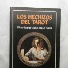 Libros de segunda mano: LOS HECHIZOS DEL TAROT. CÓMO LOGRAR ÉXITO CON EL TAROT. RENEE, JANINA. EDAF . Lote 143844186