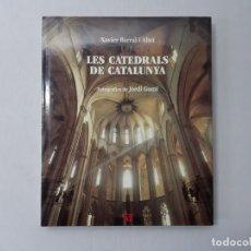 Libros de segunda mano: LES CATEDRALS DE CATALUNYA - CARDONA, JORDI GUMÍ; ALTET, XAVIER BARRAL I. Lote 145303298