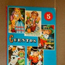 Libros de segunda mano: 5 CUENTOS CLÁSICOS SERIE FAMOSA . Lote 146875558