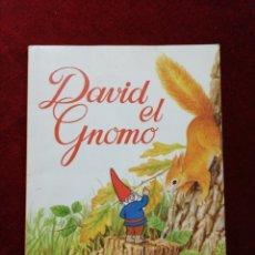 Libros de segunda mano: LIBRO DAVID EL GNOMO. OBSEQUIO DE VERNEL.. Lote 148136429