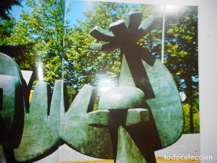 Libros de segunda mano: Artistas galegos.Escultores. Figuracións-Abstraccións Y92065 - Foto 3 - 148158518
