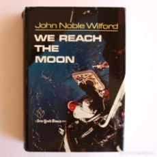 Libros de segunda mano: WE REACH THE MOON. Lote 148262910