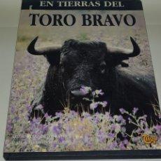 Libros de segunda mano: EN TIERRAS DEL TORO BRAVO.ALVARO DOMECQ Y DÍEZ - ARM04. Lote 148343022