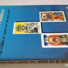 Livros em segunda mão: GUIA DE LOS TAROTS / RIDER CROWLEY Y MARSELLA / CON METODO SIGUIENTE PASO / BANZHAF HEMERLEN. Lote 225165545