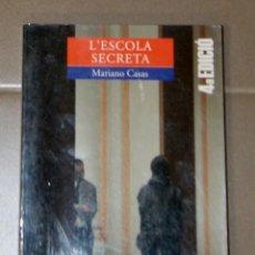 Libros de segunda mano: L'ESCOLA SECRETA MARIANO CASAS . Lote 152175366