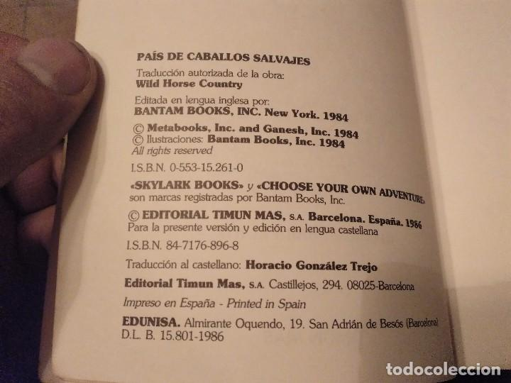 Libros de segunda mano: DIFICIL LIBRO ELIGE TU PROPIA AVENTURA TIMUN MAS Nº 14 PAIS DE CABALLOS SALVAJES LYNN SONBERG 1986 - Foto 3 - 152213510