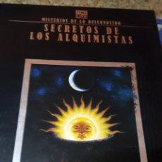 Libros de segunda mano: MISTERIOS DE LO DESCONOCIDO - TIME LIFE - SECRETOS DE LOS ALQUIMISTAS - FOLIO - EDICIONES DEL PRADO. Lote 152484994