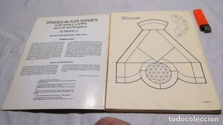 Libros de segunda mano: STAINED GLASS SHADES FOR SMALL LAMPS WITH FULL-SIZE TEMPLATES - PLANTILLAS LAMPARAS VIDRIO TEMPLADO - Foto 4 - 154038042