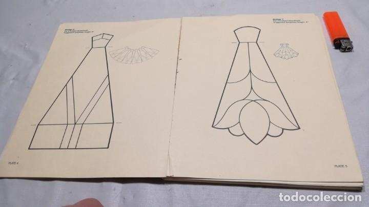 Libros de segunda mano: STAINED GLASS SHADES FOR SMALL LAMPS WITH FULL-SIZE TEMPLATES - PLANTILLAS LAMPARAS VIDRIO TEMPLADO - Foto 12 - 154038042