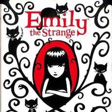 Second hand books - Emily The Strange Iv: Un Golpe De Mente - Rob Regesr y Jessica Gruner / Alexandre Casal Vázquez - 154067300