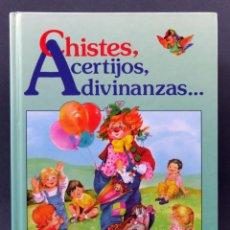 Libros de segunda mano: CHISTES ACERTIJOS Y ADIVINANZAS EDICIONES SUSAETA 1980. Lote 154973630