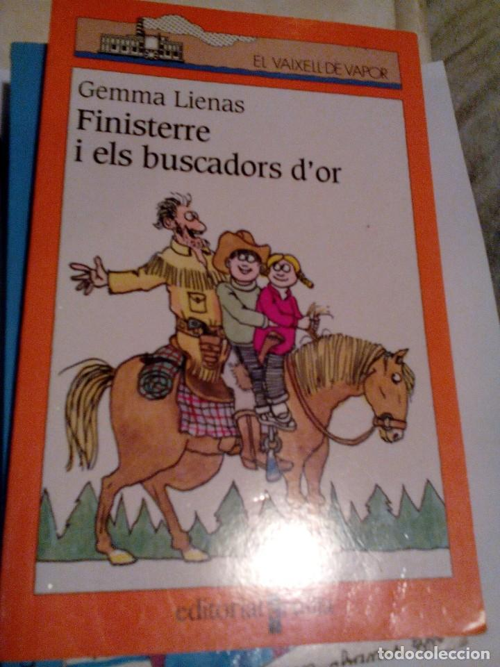 R A1_LIBRO INFANTIL, CATALÁN,FINISTERRE I ELS BUSCADORES D'OR,MIDE APROX 19X12CM. TIENE 107 PAGINAS (Libros de Segunda Mano (posteriores a 1936) - Literatura - Otros)