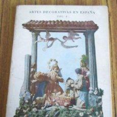 Libros de segunda mano: NACIMIENTOS - EXPOSICIÓN CELEBRADA EN EL MUSEO NACIONAL DE ARTES DECORATIVAS . Lote 155520354