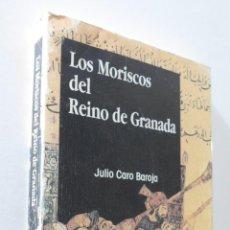 Libros de segunda mano: LOS MORISCOS EN EL REINO DE GRANADA - CARO BAROJA, JULIO. Lote 155771517