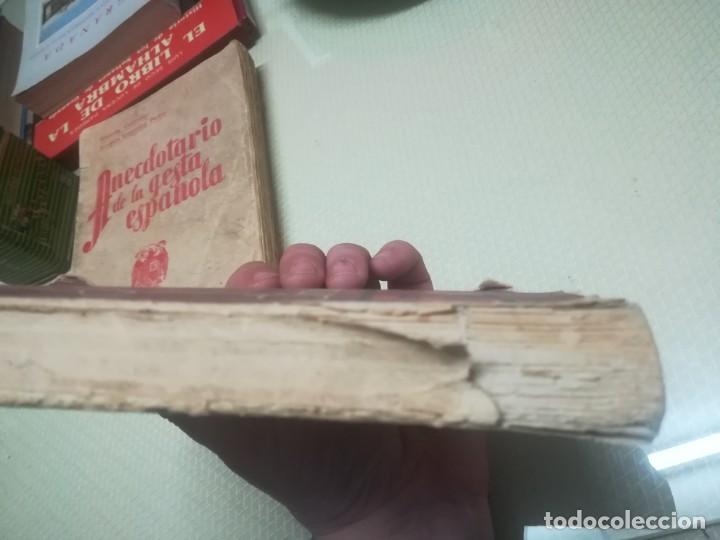 Libros de segunda mano: CÍRCULO DE FUEGO, LA ODISEA DEL ASEDIO AL SANTUARIO DE LA VIRGEN DE LA CABEZA / MADRID 1957 - Foto 8 - 182170123