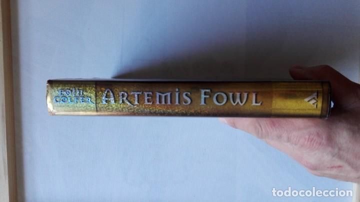 Libros de segunda mano: LIBRO DE ARTEMIS FOWL (EOIN COLFER). - Foto 3 - 155838198