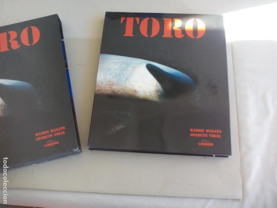 TORO. RAMÓN MASATS FOTOGRAFÍAS, JOAQUIN VIDAL TEXTO. 1998 LUNWERG EDITORES (Libros de Segunda Mano - Bellas artes, ocio y coleccionismo - Otros)