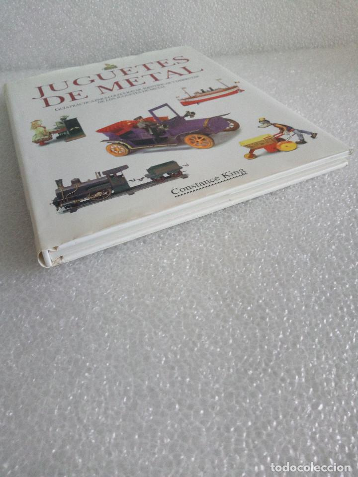 Libros de segunda mano: LIBRO JUGUETES DE METAL - CONSTANCE KING - EDIMAT AÑO 1999 - Foto 3 - 155961734