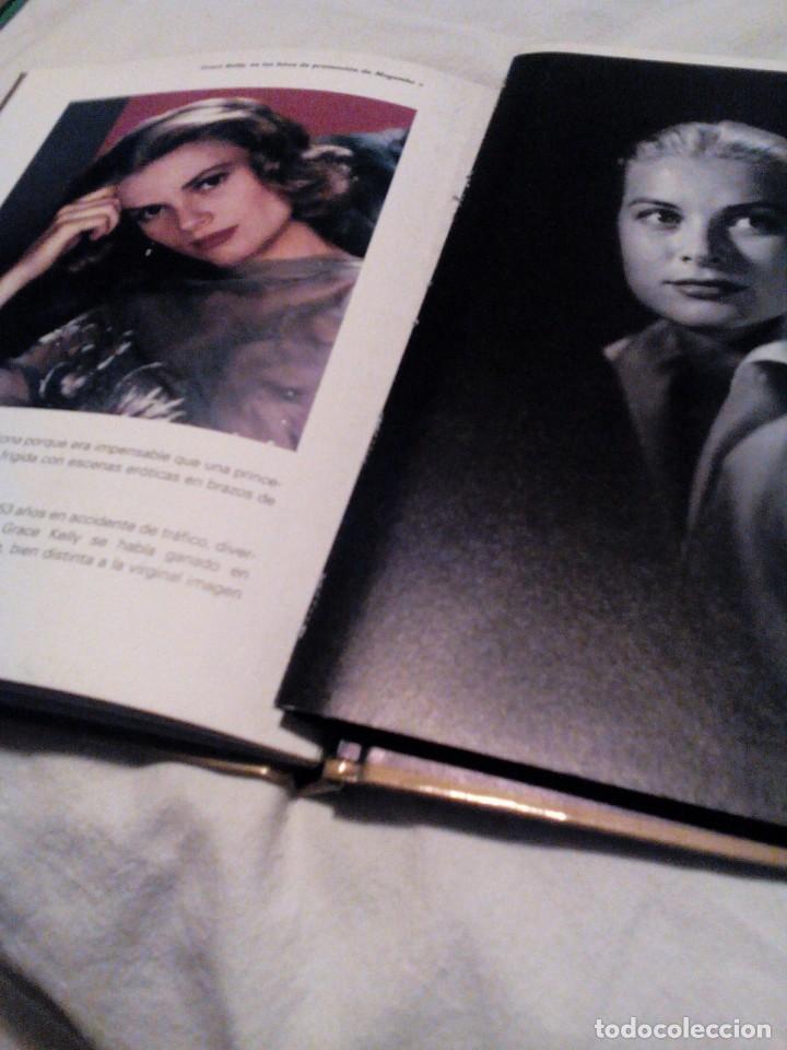 Libros de segunda mano: R A2_libro y película DVD, MOGAMBO, mide aprox 15x19cm. Tiene 55 Paginas - Foto 4 - 156667566