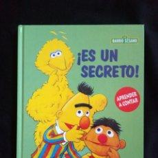 Libros de segunda mano: BARRIO SESAMO EPI Y BLAS RBA ES UN SECRETO APRENDER A CONTAR RBA COLECCIONABLES AÑO 2000. Lote 156953216