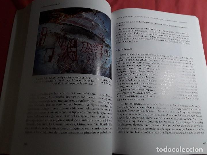 Libros de segunda mano: El arte en la Prehistoria. UNED, 2014. Con cd. Excelente estado. Mario Menéndez, Marti Más, Alberto - Foto 3 - 160189770
