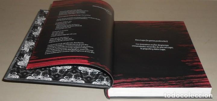 Libros de segunda mano: EMILY. THE STRANGE. UN GOLPE DE MENTE. ROB REGESR Y JESSICA GRUNER / ILUSTRACIONES BUZZ PARKER. - Foto 3 - 160448286