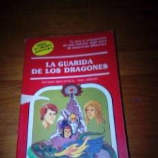 Libros de segunda mano: ELIGE TU PROPIA AVENTURA. LA GUARIDA DE LOS DRAGONES. RICHARD BRIGHTFIELD. EST15B5. Lote 162790982