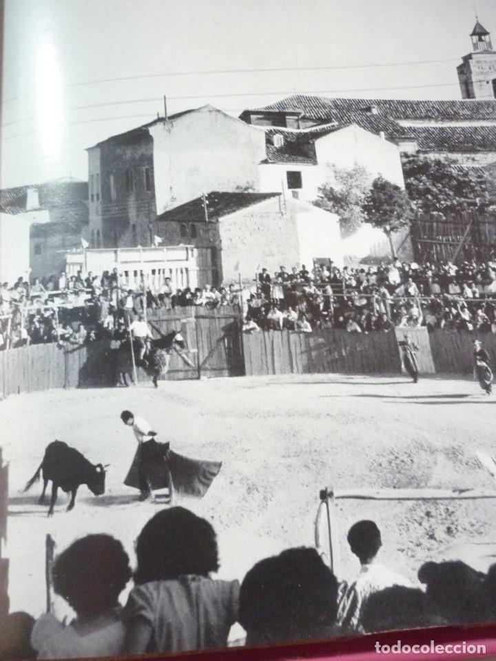 Libros de segunda mano: LIBRO TAUROMAQUIA. EDICIONES NAUTA. FOTOS F. CATALÁ. PRIMERA EDICION 1962 - Foto 8 - 163603830